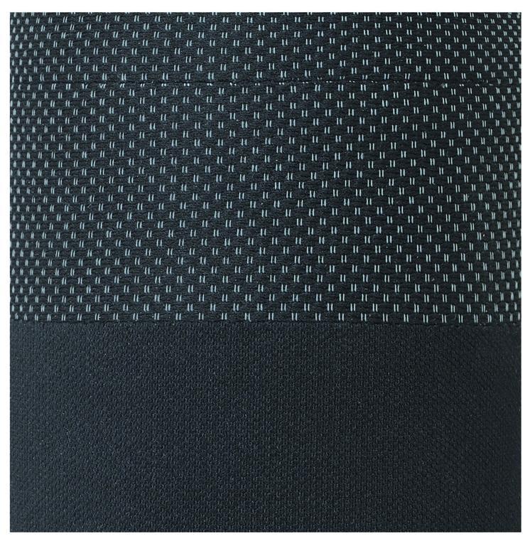 Pilka tekstilė